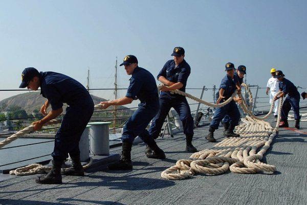 Zweite/-r technische/-r Schiffsoffizier/-in